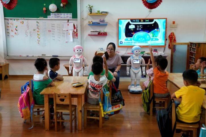 Ipal Social Robots7