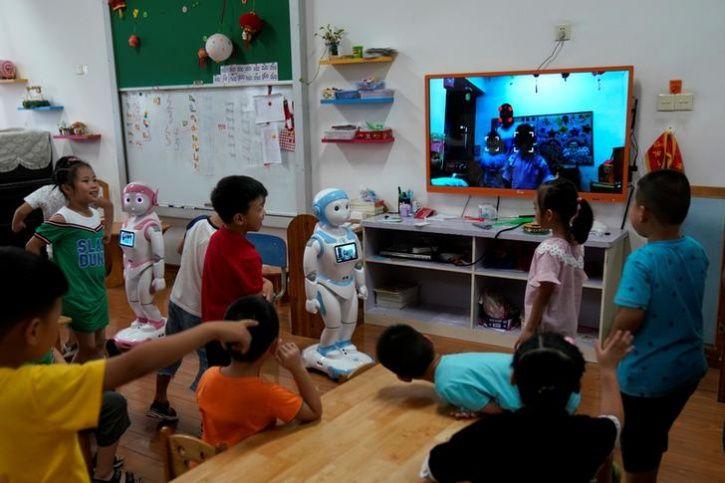 Ipal Social Robots8