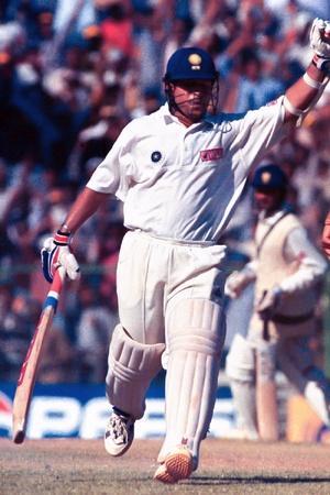 Sachin Tendulkar made 116 while Brett Lee took 547