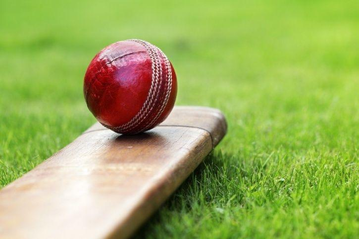 A cricketer dies after being hit by lightning