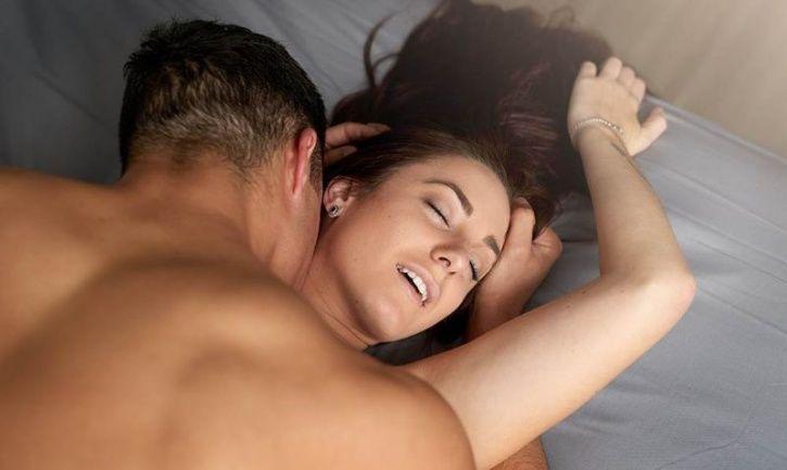 do men like submissive women in bed
