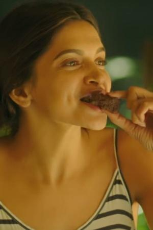 Deepika Padukone Eating Tamasha