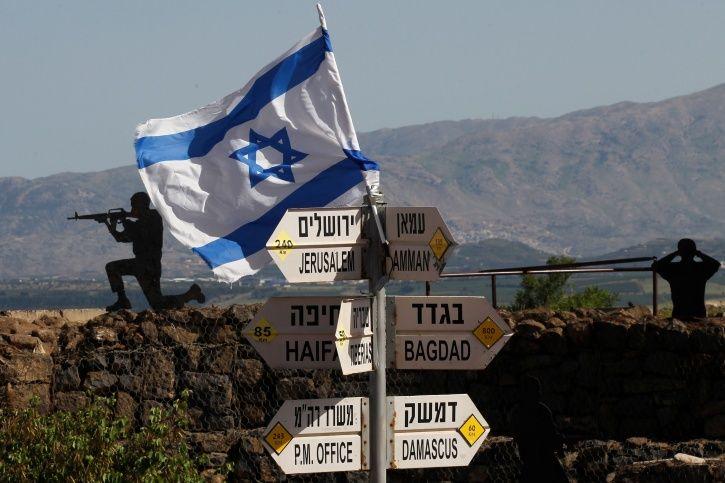Major Israeli raids hit