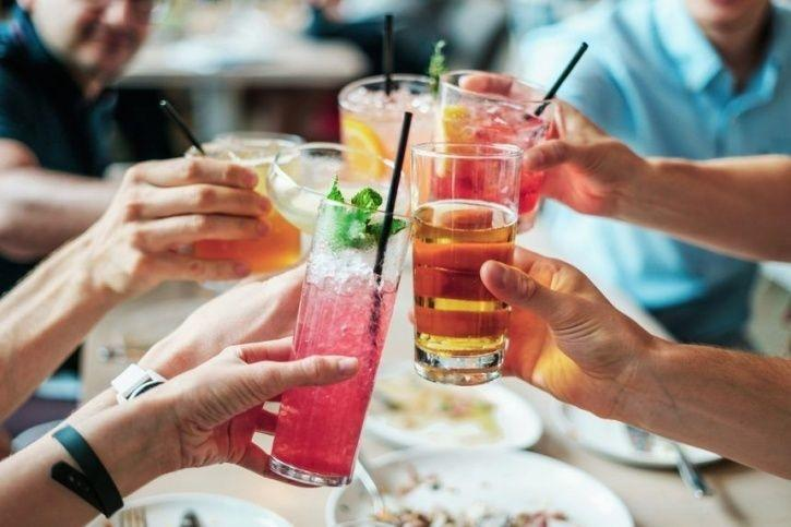 7 Foods That You Are Better Off Avoiding At A Buffet Lunch