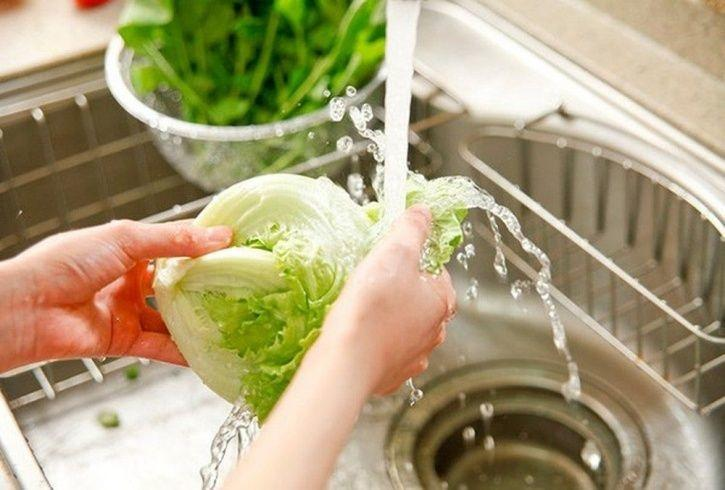 7 Of The Most Common Food Items You Have Been Washing Incorrectly All This While