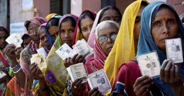 After Naxals Issue 'Chop Finger' Threat, Voters In Chhattisgarh Are Frantically Removing Ink