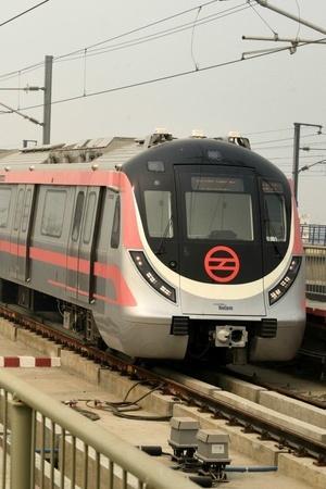 Delhi Metro Rail Corporation crimes pick pocketing tracks suicide CISF police