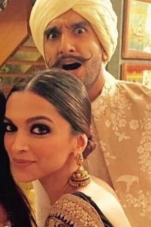 Heres All That Happened At Ranveer Singh and Deepika Padukones Sangeet and Mehendi ceremony