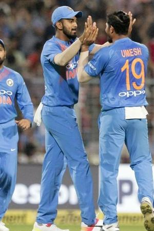India lead the series 10