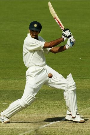 Rahul Dravid made 72 not out
