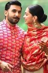 Ranveer Singh Mehendi has Deepikas name written on it