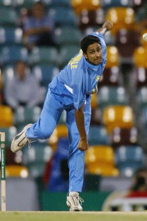 Anil Kumble has taken almost 1000 international wickets