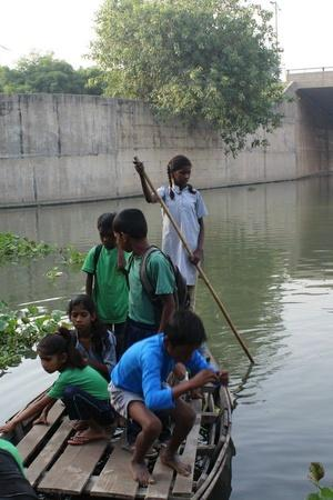 Children Yamuna river boat ride Shani mandir Chilla village gyan shakti vidyalaya students sl