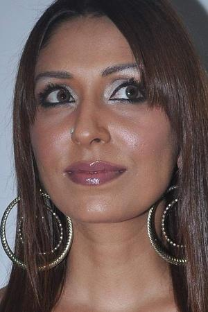 In Her Shocking MeToo Story Pooja Misrra Accuses Salman Khan His Brothers Of Raping Her