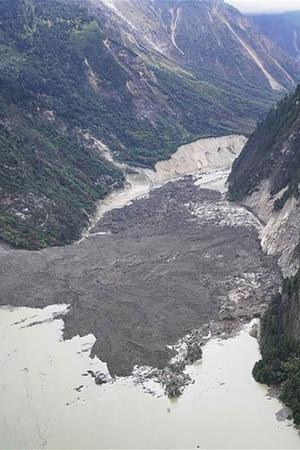 landslide in china creates artificial lake