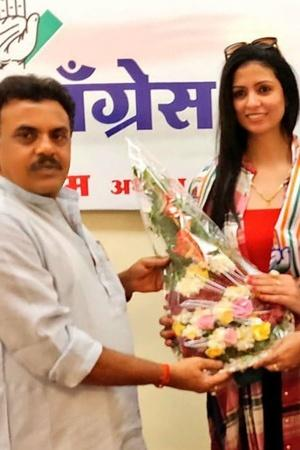 Mohammed Shami Of Domestic Abuse And Dragging Their Marriage Through The Mud Hasin Jahan Joins Cong