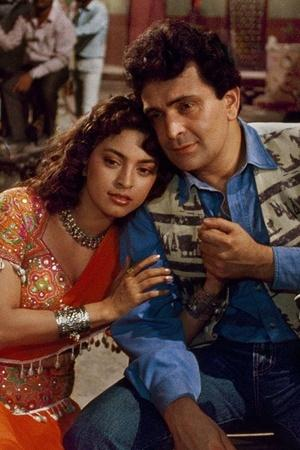 22 Years After Daraar Rishi Kapoor Juhi Chawla To Reunite For A Family Comedy Drama Movie