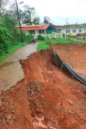 Darjeeling Communitybased warning system landslides West Bengal Geological Survey of India