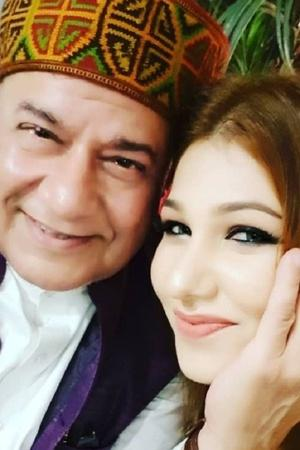Jasleen Matharus father Kesar Matharu talks about her relationship with Anup Jalota