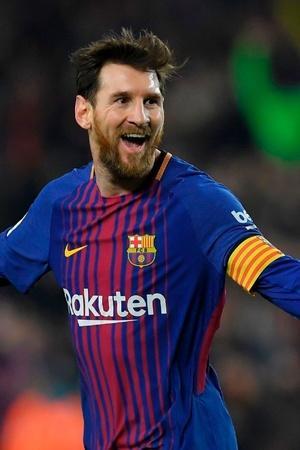 Lionel Messi has scored 8 Champions League hattricks
