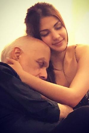 Rhea Chakraborty Posts Pic With Mahesh Bhatt Fans Troll Him Compare Him To Anup Jalota