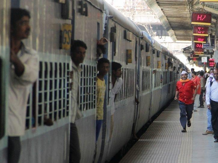 1,71,015 Cases Of Theft Reported By Railway Passengers Between 2009-2018