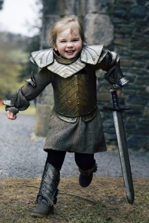 baby dressed like Brienne the Tarth ahead of Game Of Thrones season 8 premiere