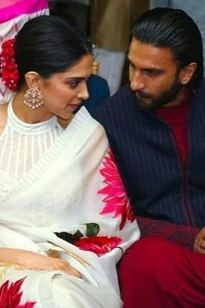 Ranveer And Deepika Spotted At A Wedding In Mumbai Their Chemistry Was Crackling As Always