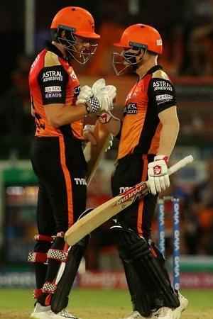SRH won by 6 wickets