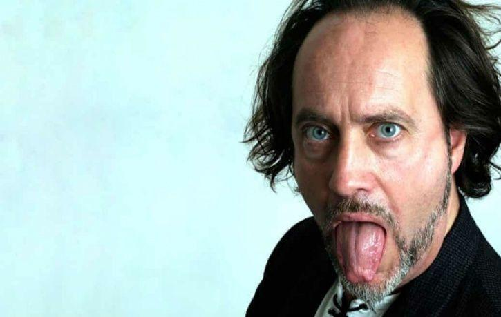 UK comedian Ian Cognito dies on stage during his stand-up performance, audience think he was joking