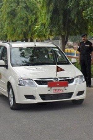 Indian Army Electric Cars Electric Cars India Electric Cars Government Army Inducts Electric Cars