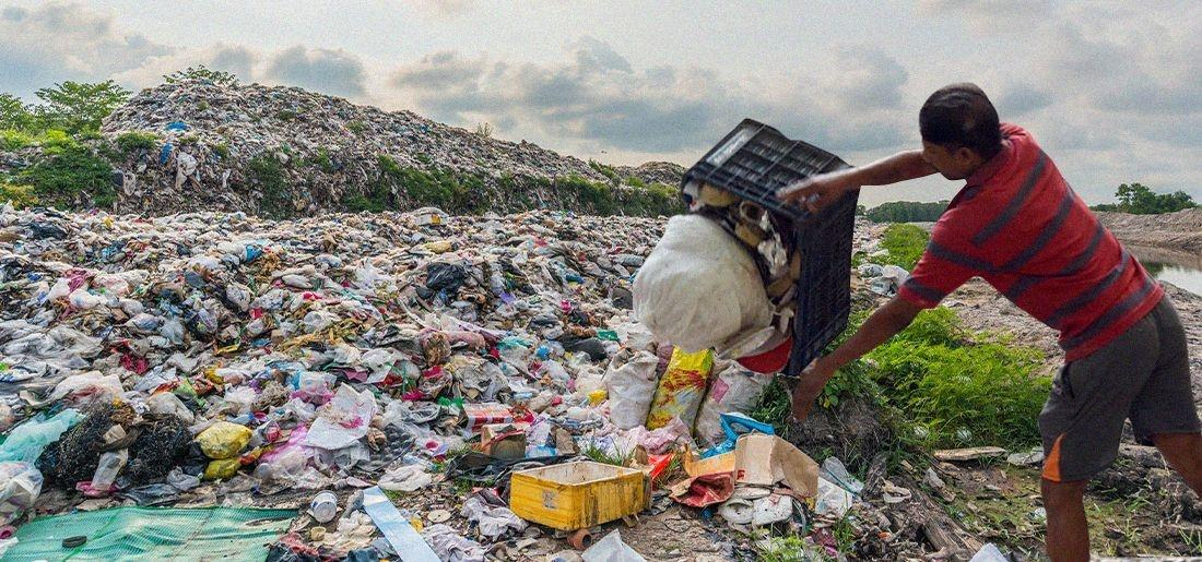 plastic waste:Despite Ban, India Imports 1,21,000 Metric