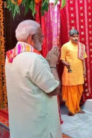 PM Modi Visits 200YrOld Krishna Temple In Bahrain Floats US 42 Million Project For Temple