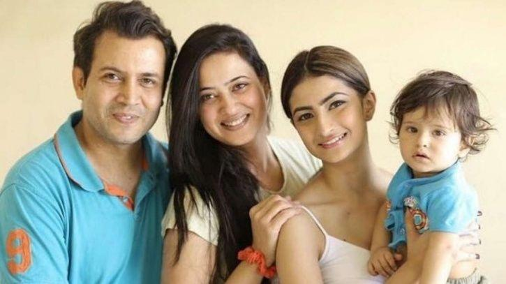 Shweta Tiwari's Daughter Sheds Light On Charges Against Stepfather, Says He