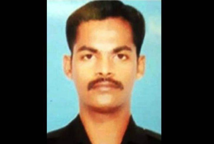 indian soldier:Family Of Armyman From Tamil Nadu Who Died In