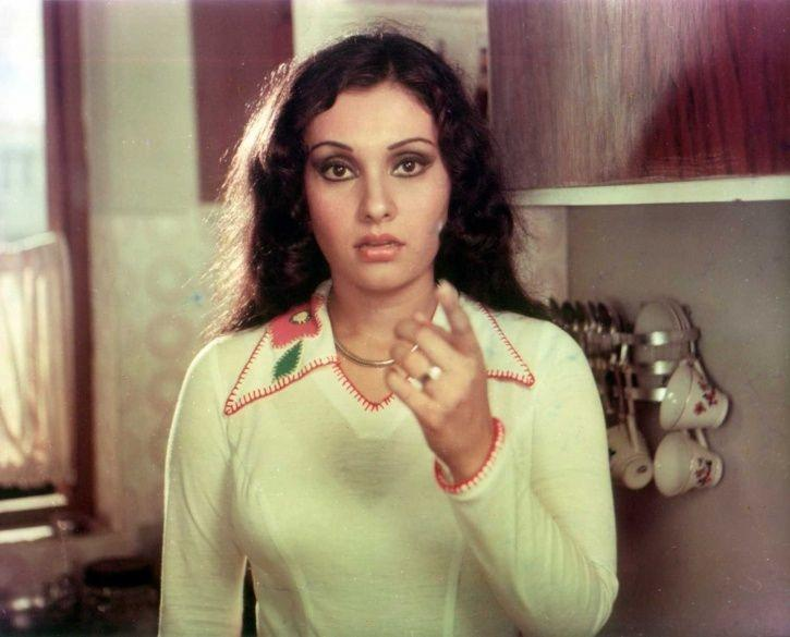 Veteran Actress Vidya Sinha Of 'Pati, Patni Aur Woh' Fame Hospitalised, Put On Ventilator