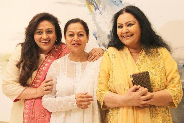 Vidya Sinha Passes Away At 71, Bollywood Celebrities Mourn The Demise Of 'Rajnigandha' Actress