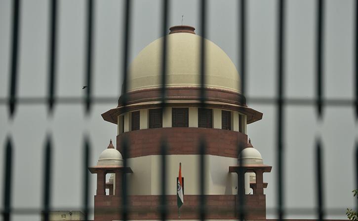 SC Dismisses Pleas Seeking Review Of Nov 9 Ayodhya Case Verdict
