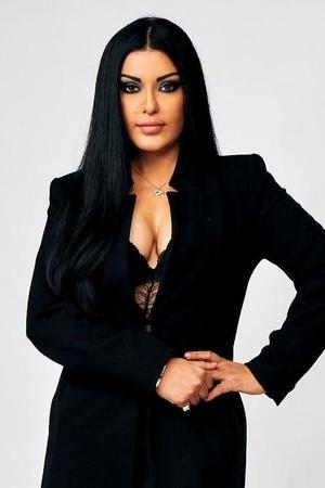 Koena Mitra Slams Salman For Taking Sidharth Shukla