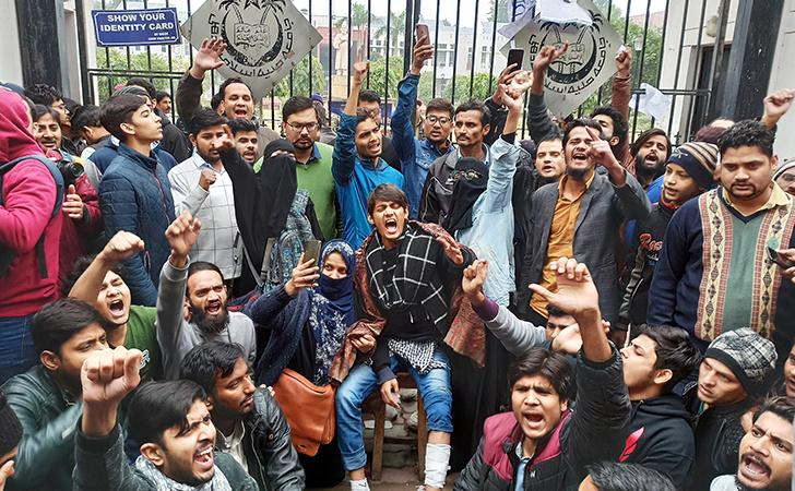 Situation Tense In Jamia Millia 50 Detained Students Released