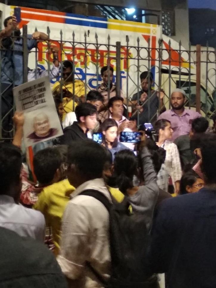 Swara Bhasker joins protests.