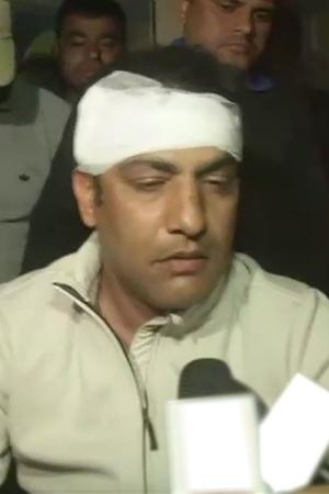 amit bhandari thrashed by players