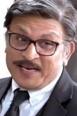 Annu Kapoor Turns 63 Deepika Padukone Plays Goofy To Make Mom Smile More From Entertainment