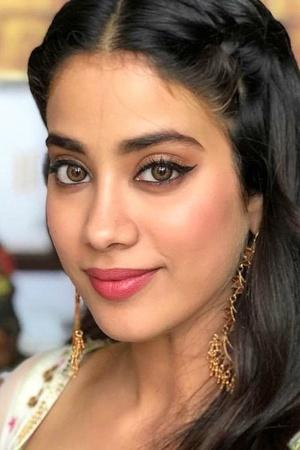 Janhvi Kapoor Lashes Out At Pakistani Newspaper That Called Pulwama Attack A Fight For Freedom
