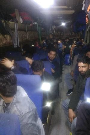 Kashmiris Thank Sikhs Kisans March To Mumbai Again More Top News