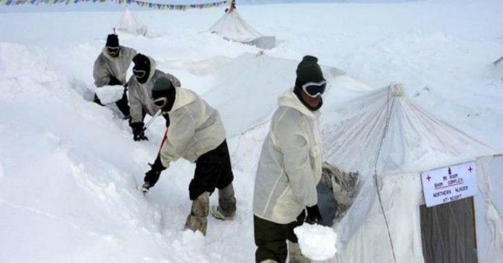 Siachen glacier, Indian Army, nail biting cold, indigenously produced clothing gear, import