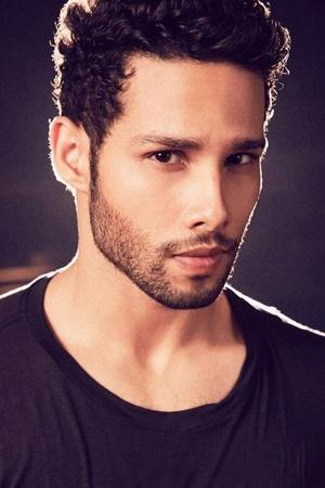 Siddhant Chaturvedi AKA Gully Boys MC Sher Struggled For 6 Yrs Was Often Replaced Rejected