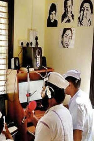 Taloja prison Navi Mumbai radio program Sanjay Dutt NGO Kishore Kumar