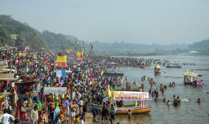 Gomti river, pollution, toxic elements,devotees, Makar sankranti, Lucknow, Uttar Pradesh