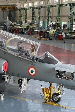 HAL Is Broke And Just Borrowed Rs 1000 Crore To Pay Salaries To Its Employees IAF Fleet To Suffer